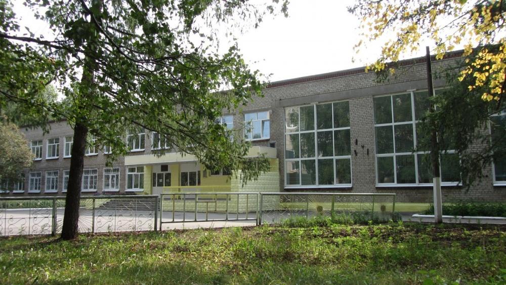 Три школы изКоми вошли вчисло наилучших в Российской Федерации