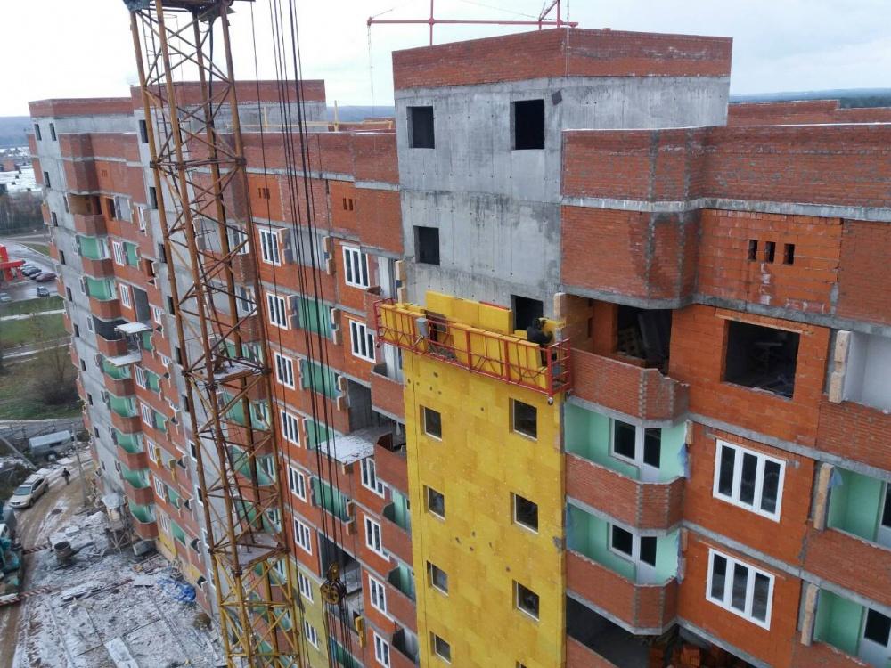 ВЧайковском строитель упал вшахту лифта строящегося дома
