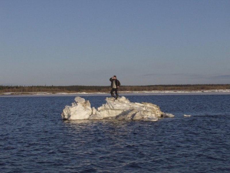 Cотрудники экстренных служб сняли рыбаков сольдины около Нижнекамской ГЭС